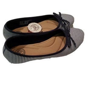 SO Shoes - NEW SO Women's Soboatstripe Flats SIZE 6.5